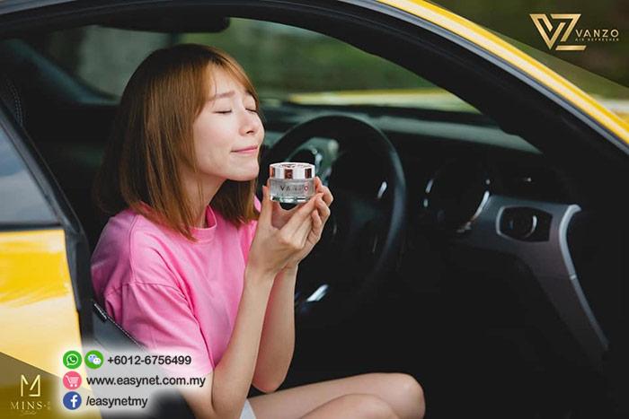 VANZO LX 1818 English Pear & Freesia Air Freshener (Car Perfume) 65ml  VANZO LX 1818英国梨与小苍兰汽车香水香氛 65ml